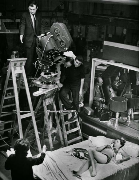 behind the scenes on the set of kubrick s dr strangelove neatorama who thought that the concept of nuclear war was ludicrous decided the subject was best handled satirically in a farce his 1964 film dr strangelove