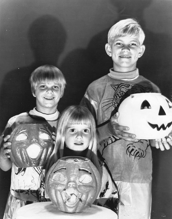 lets take a look back and see how halloween became the holiday we know and love today - Old Fashion Halloween