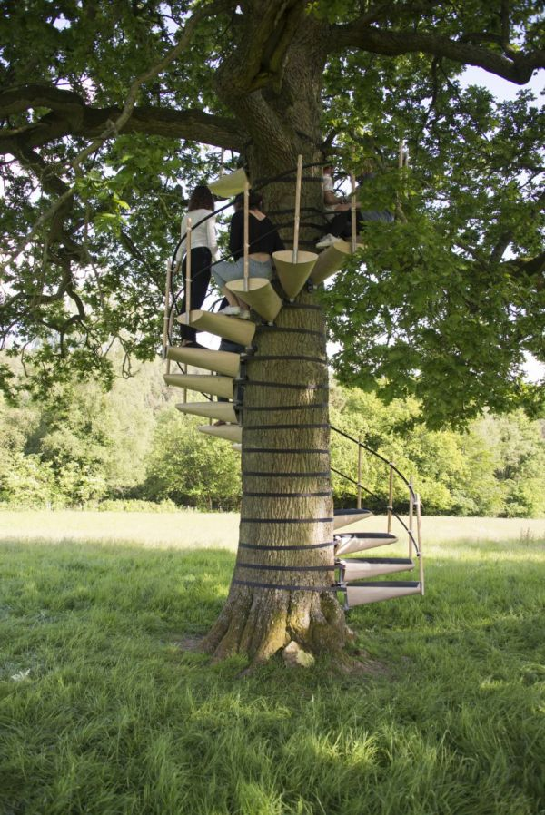 Portable Tree House : A portable staircase for trees neatorama