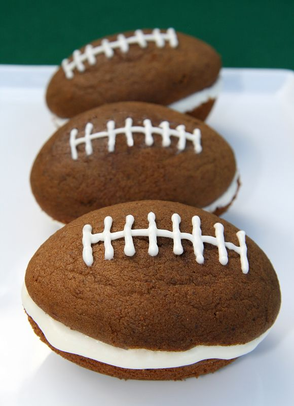 Football whoopie pies
