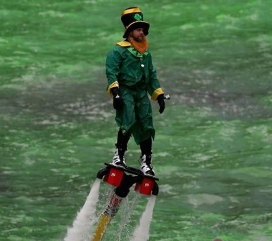 Flyboard leprechaun