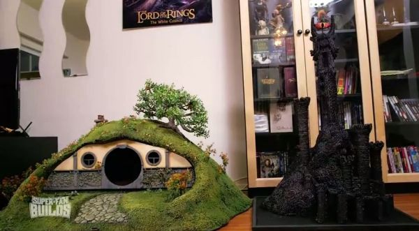 Lord Of The Rings Litter Box And Scratching Post Neatorama