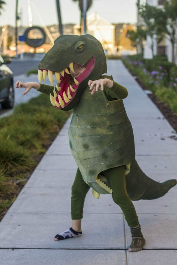 Homemade t rex costume neatorama