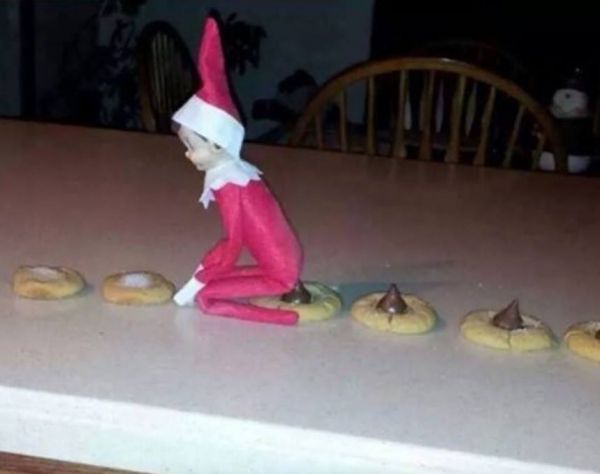 17 images that prove the elf on the shelf isn 39 t as