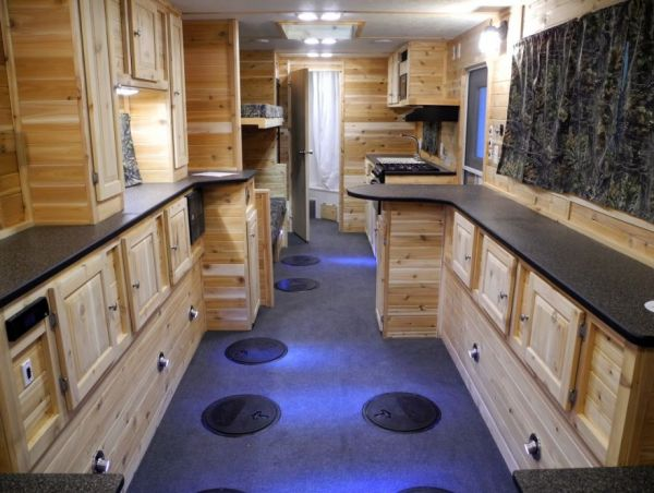 Luxury Ice Fishing Shacks Neatorama