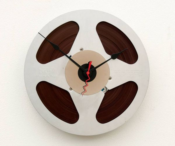 10 Awesomely Cool Clock Designs