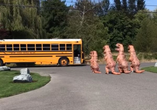 T rex family waits for school bus neatorama howldb for T rex family