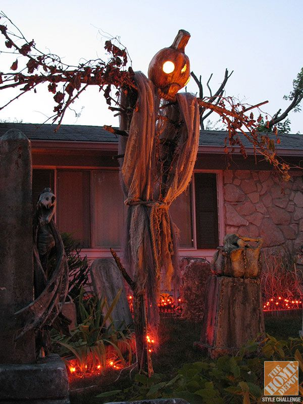 when it comes to seasonal home decoration halloween is the second most popular holiday behind christmas in the us while some people just put out a few - Creepy Halloween Decor