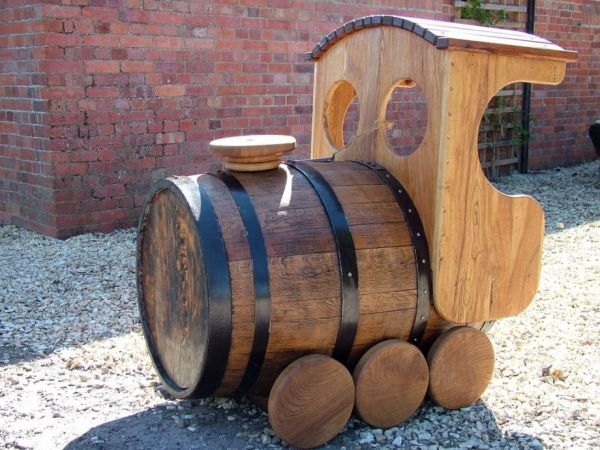 upcycled whiskey barrel train neatorama