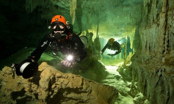 Divers In Mexico Have Discovered The World's Largest Flooded Cave