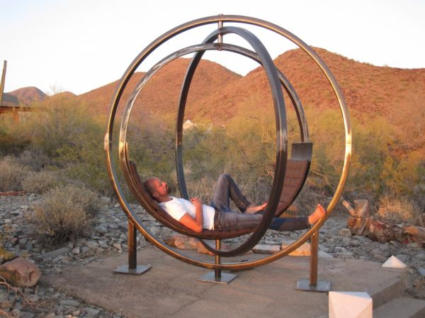 This Spinning Chair Sculpture Lets You Rotate Your Views
