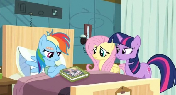 Rainbow Dash in the hospital