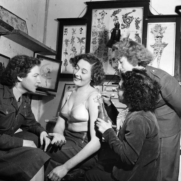 Vintage Photographs Of Women Getting Tattoos