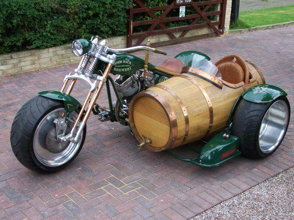beer barrel motorcycle sidecar neatorama. Black Bedroom Furniture Sets. Home Design Ideas