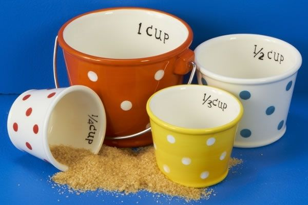 dig in pail measuring cups shovel measuring spoon set neatorama. Black Bedroom Furniture Sets. Home Design Ideas