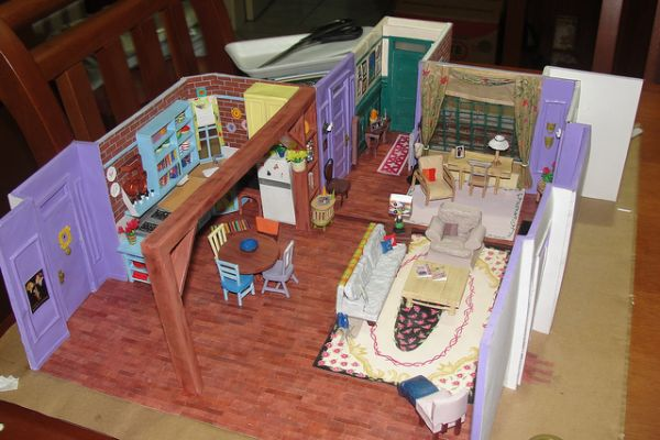 Incredibly Detailed Papercraft Model Of The Apartment From