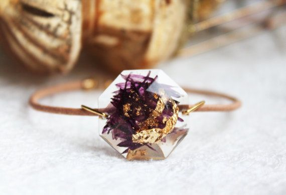 Gorgeous NatureInspired Resin Jewelry Filled With Real Petals