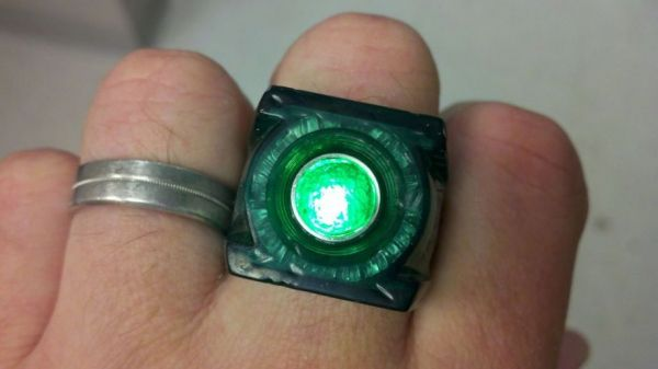 make your green lantern ring glow - Green Lantern Wedding Ring