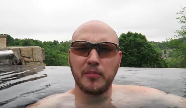 Dry Ice In A Swimming Pool Neatorama
