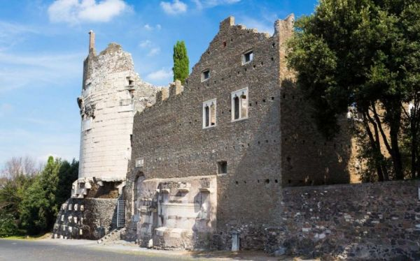 Wish You Could Own a Castle in Italy? Here's Your Chance