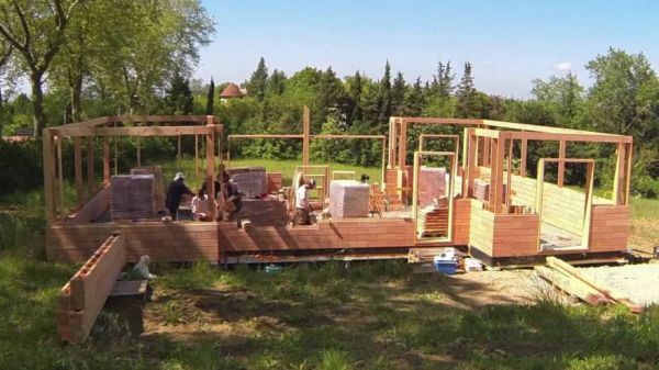 Interlocking Wooden Blocks Make It Easy To Build A Wall Or A Tiny House