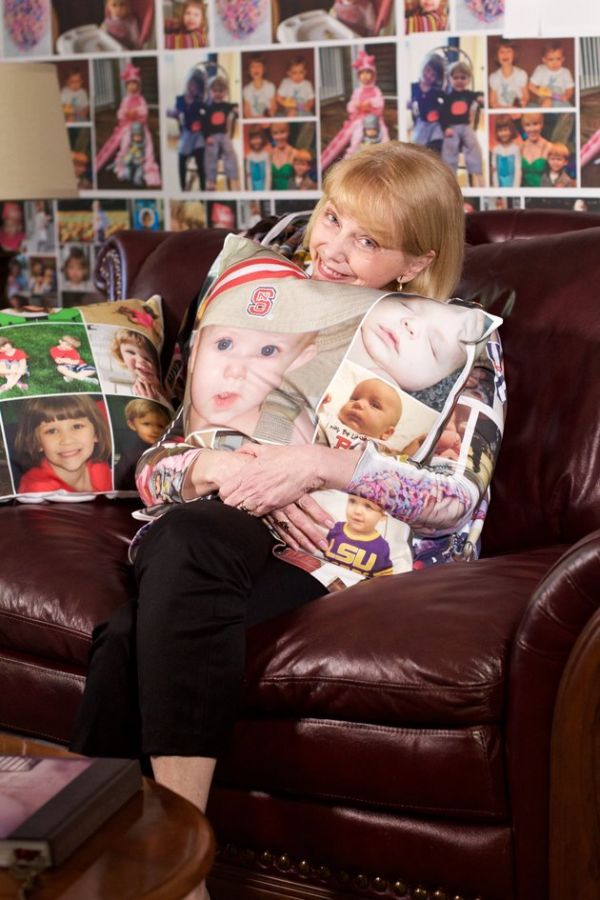 World's Proudest Grandma Has Wallpaper and Fabric Covered with Photos of Her Grandkids