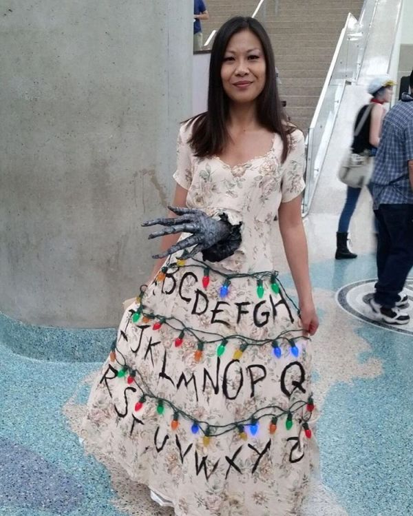 Forget Tardis Dresses, Here's a Stranger Things Dress ...