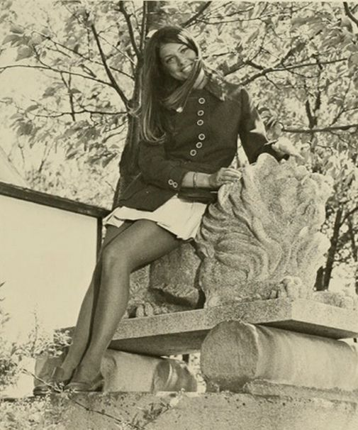 Vintage Photos From The Days In Which Miniskirts Were