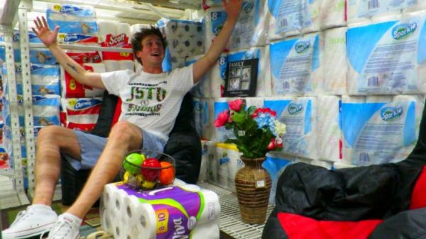 Two Dudes Build Epic Toilet Paper Forts Inside Walmart
