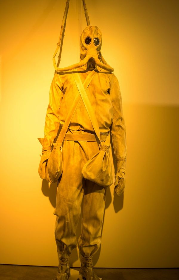 leonardo da vinci diving suit - photo #11