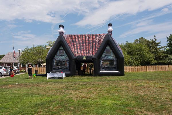 The PaddyWagon Is An Inflatable Irish Pub You Can Open Anywhere