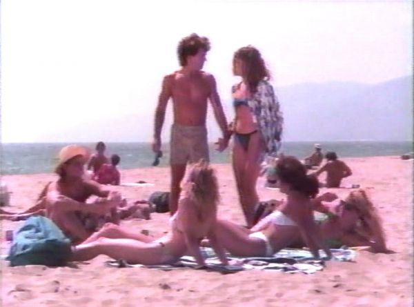 Watch free the beach movie