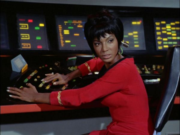 nichelle nichols measurements