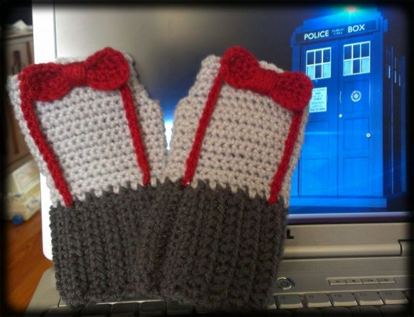 Eleventh Doctor gloves