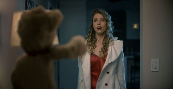 Guy Is Haunted By The Teddy Bears He Gave His Ex-Girlfriends In This Horror Short