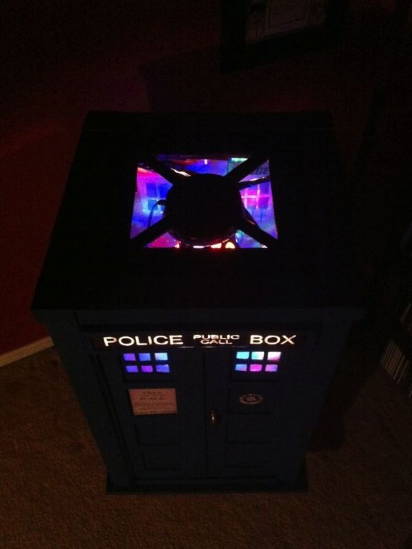 Homemade Tardis Jukebox Neatorama