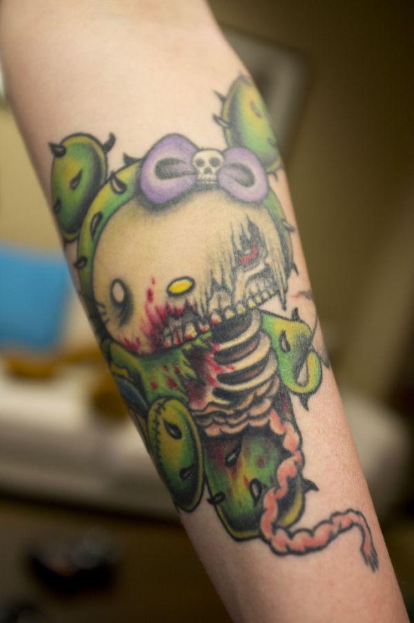 meus links legais 15 tatuagens bizarras da hello kitty