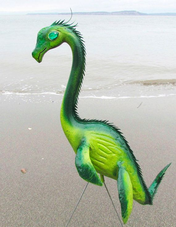 Plastic Lawn Flamingos Are Cool And All, But Theyu0027re A Little Cliche. If  You Love The Idea Of Lawn Ornaments But Want Something A Little More  Unique, ...