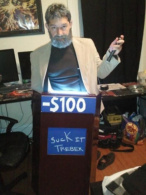 25 Funny and Unique TV-Inspired Halloween Costumes - Neatorama