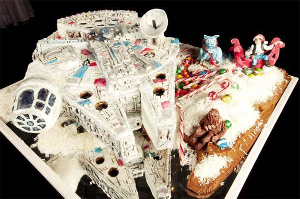Millenium Falcon Gingerbread House