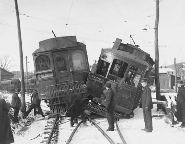 What A Trainwreck Vintage Photos Of Steam Train Accidents