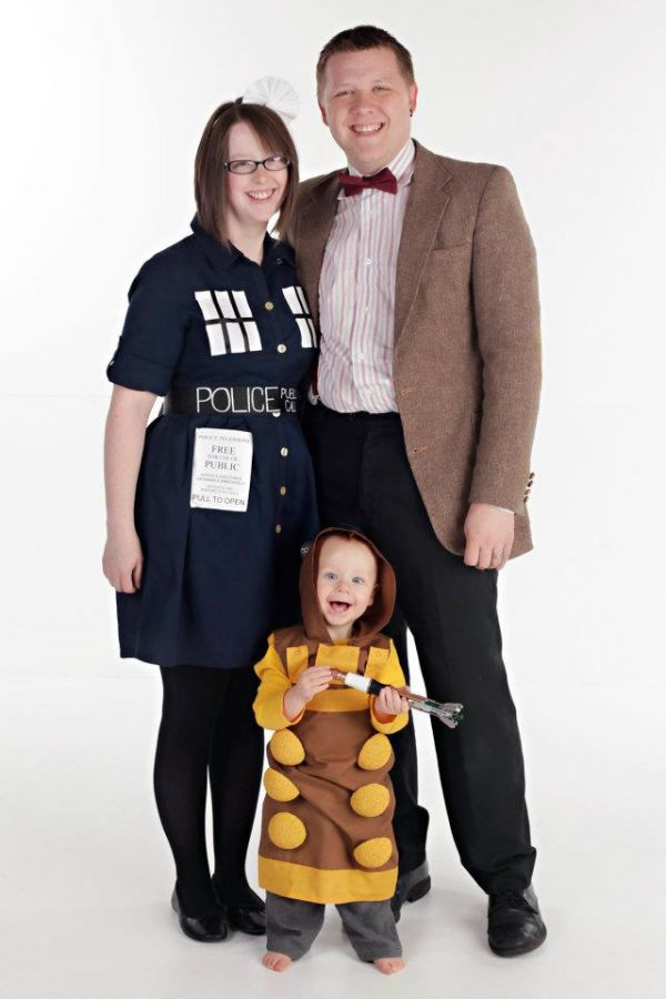 20 amazing and geeky matching parentchild halloween costumes - Halloween Costumes Matching