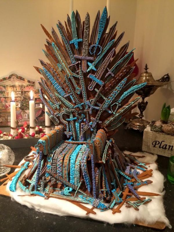 13 Gingerbread Creations Inspired By Popular Movies And Tv