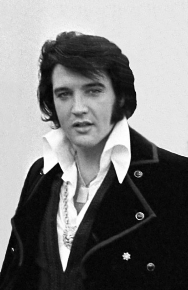 Suspicious Minds: The Bizarre, 40-Year History of Elvis Presley Sightings