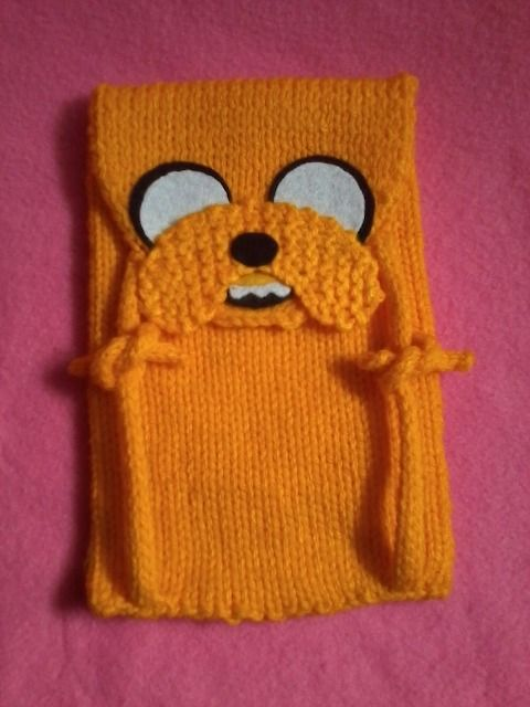 Adventure Time Knitting Patterns : Knitted Adventure Time Tablet Sleeve - Neatorama