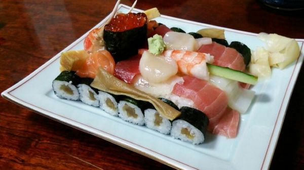 Sushi that looks like a tank