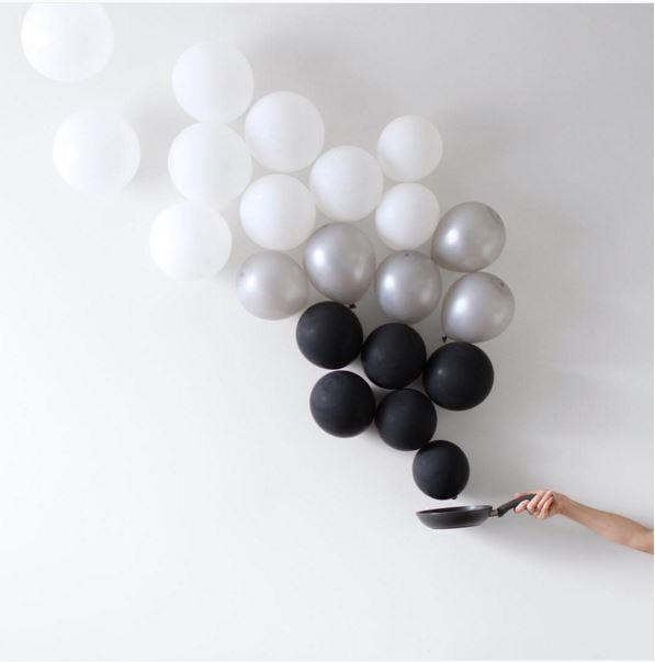 Balloons become minimalist art neatorama for Minimal art instagram