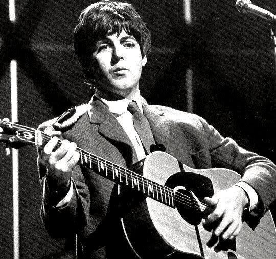 Paul McCartney az Ed Sullivan Show-ban játssza a Yesterday-t