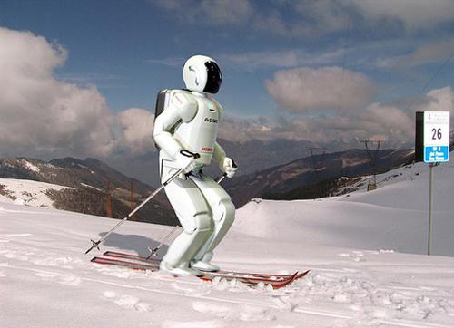 500x_skiing-robot