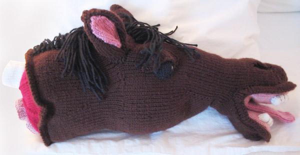 Amigurumi Horse Head : Happy National Crochet Month - Neatorama